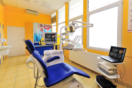 http://dent4you.pl//wp-content/uploads/2016/09/stomatolog_protetyka_Poznan_0712Rentgen-450x300.jpg