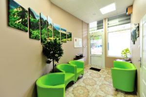 Gabinet stomatologiczny w Poznaniu, poczekalnia